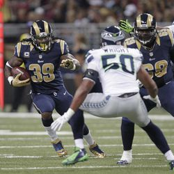 St. Louis Rams  Steven Jackson runs against Seattle Seahawks outside linebacker K.J. Wright (50) fduring the first half of an NFL football game Sunday, Sept. 30, 2012, in St. Louis.