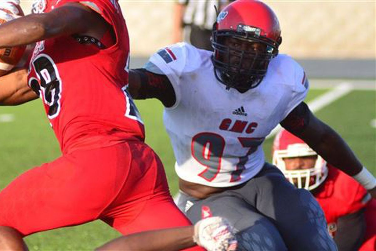 JUCO DL Brandon Henderson sets official visit to Texas ... Horns247