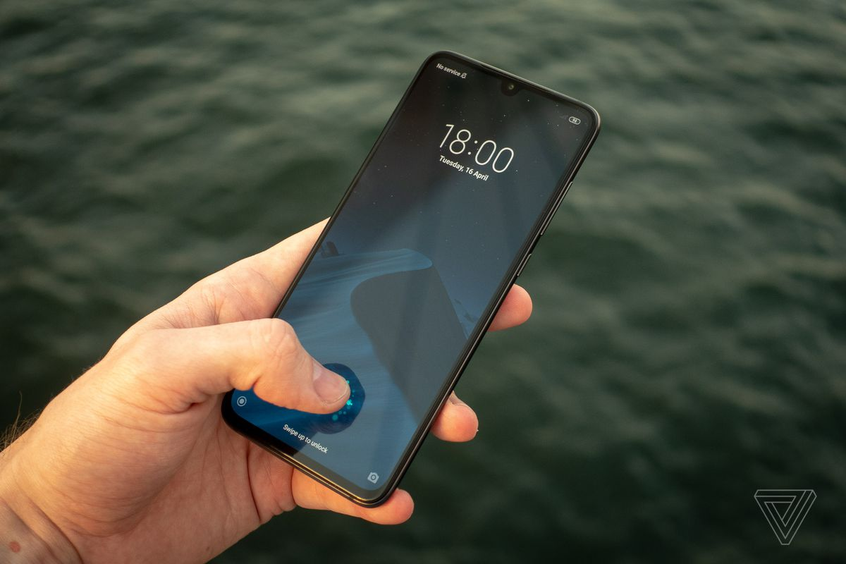 Xiaomi Mi 9 review: cheap speed - The Verge 3