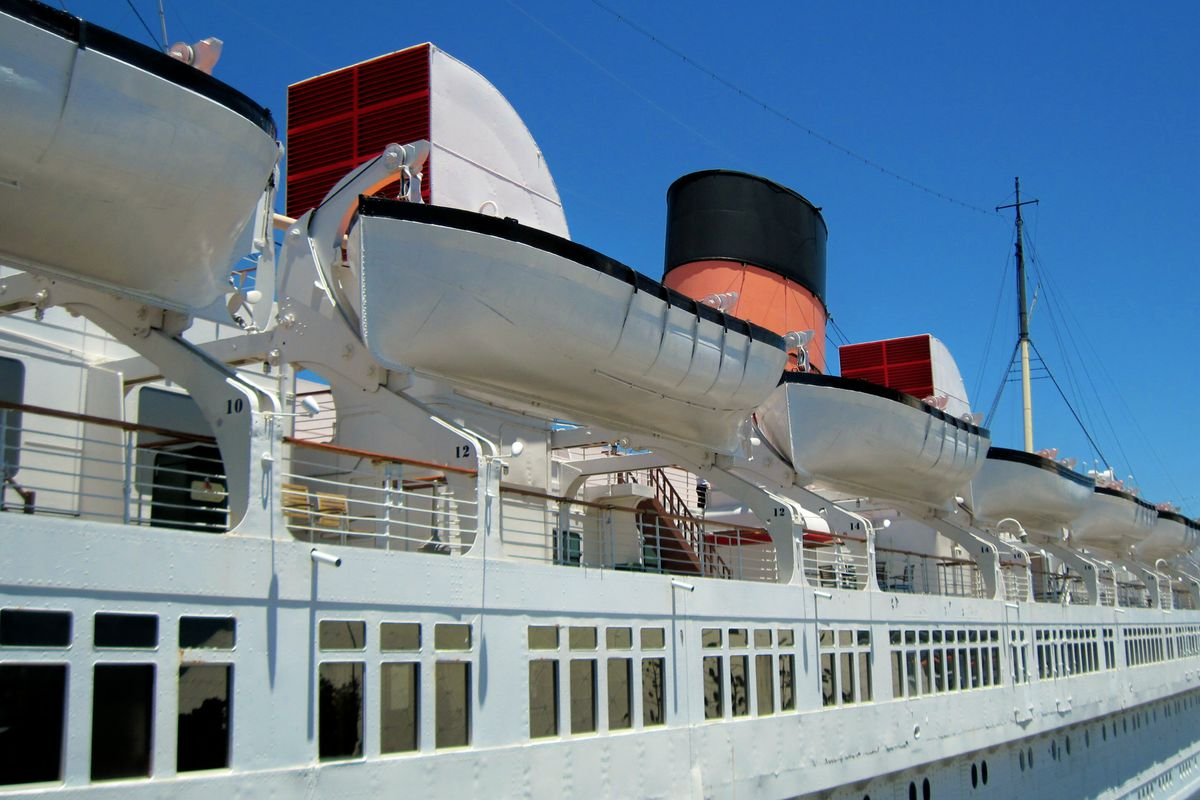 Queen Mary lifeboats and smoke stacks