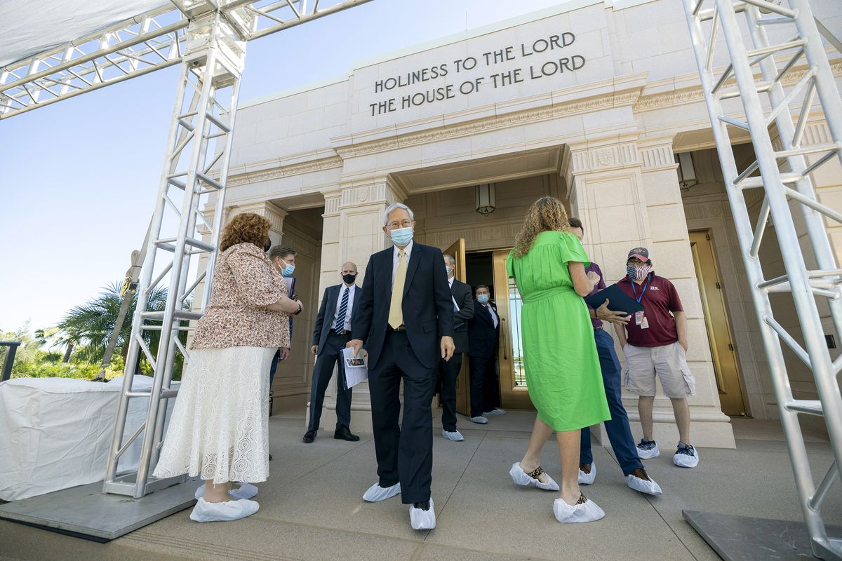 Elder Gerrit W. Gong, of the Quorum of the Twelve Apostles of The Church of Jesus Christ of Latter-day Saints, talks with members of the media during a tour of the newly renovated Mesa Arizona Temple in Mesa, Ariz., on Monday, Oct. 11, 2021.