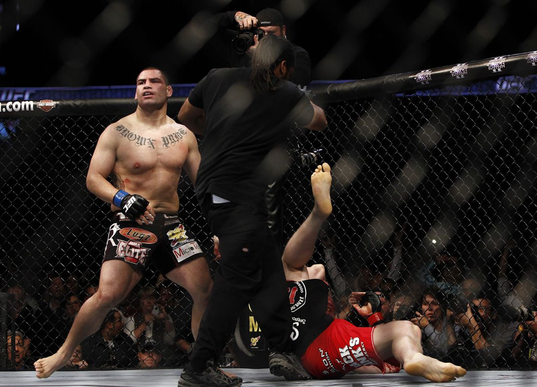 Cain Velasquez Photos