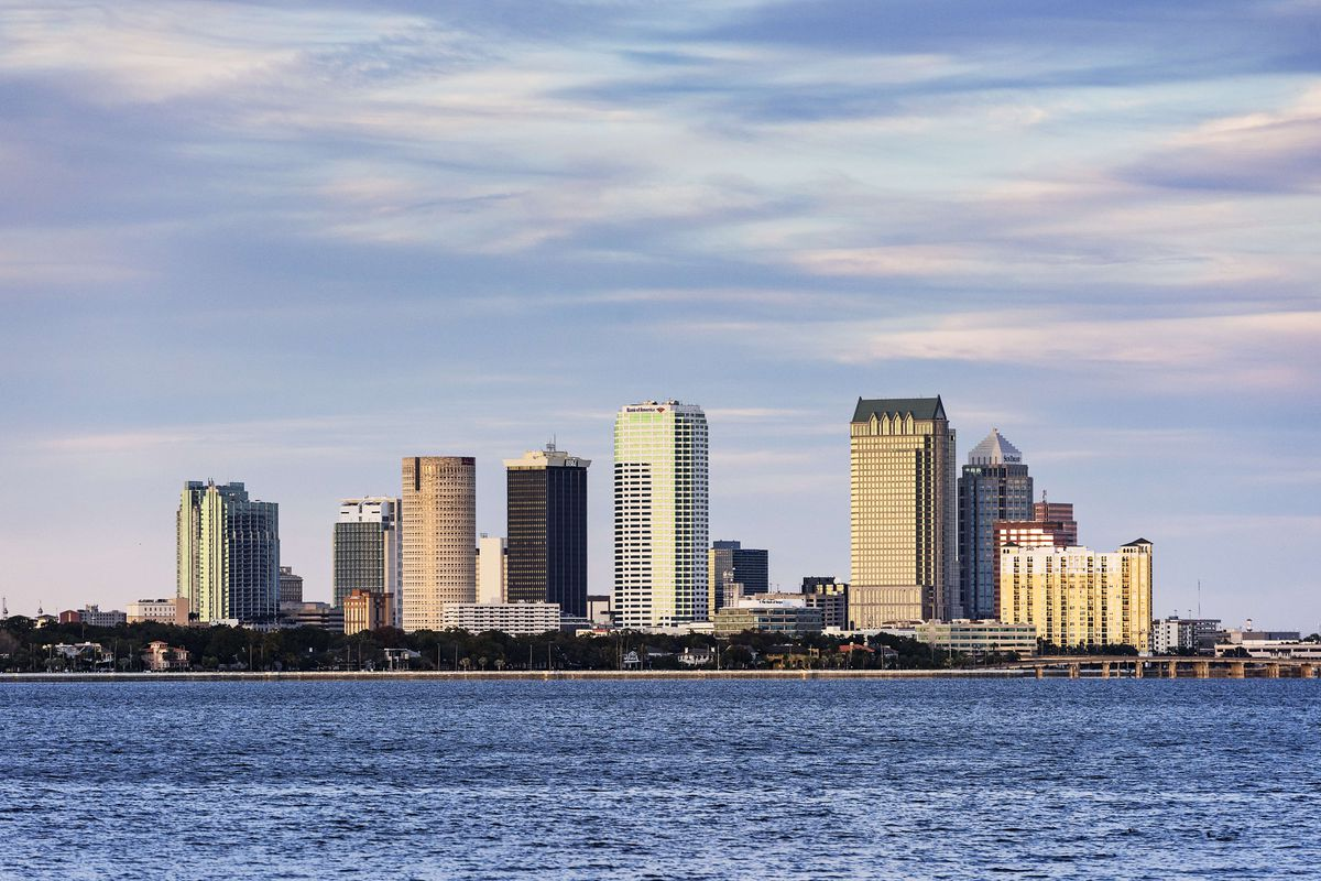 tampa hook up site