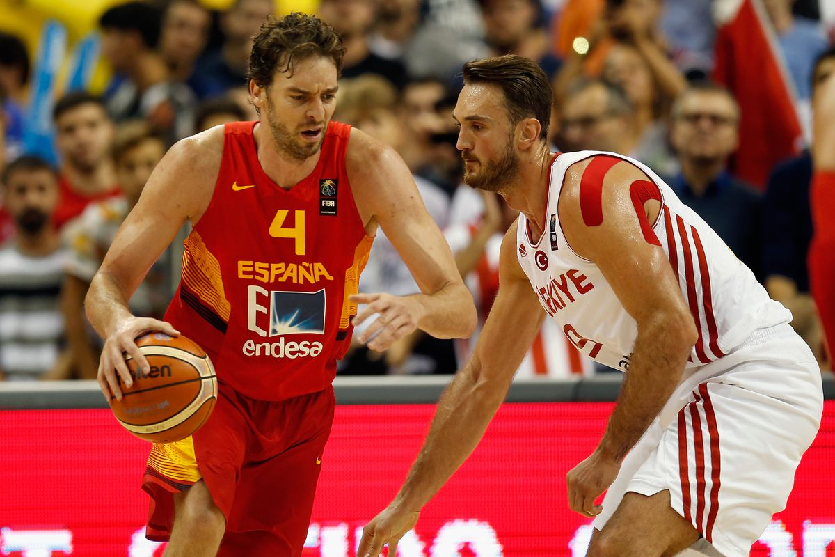32bb096a4 Spain and Lithuania fight for international supremacy at EuroBasket title  game