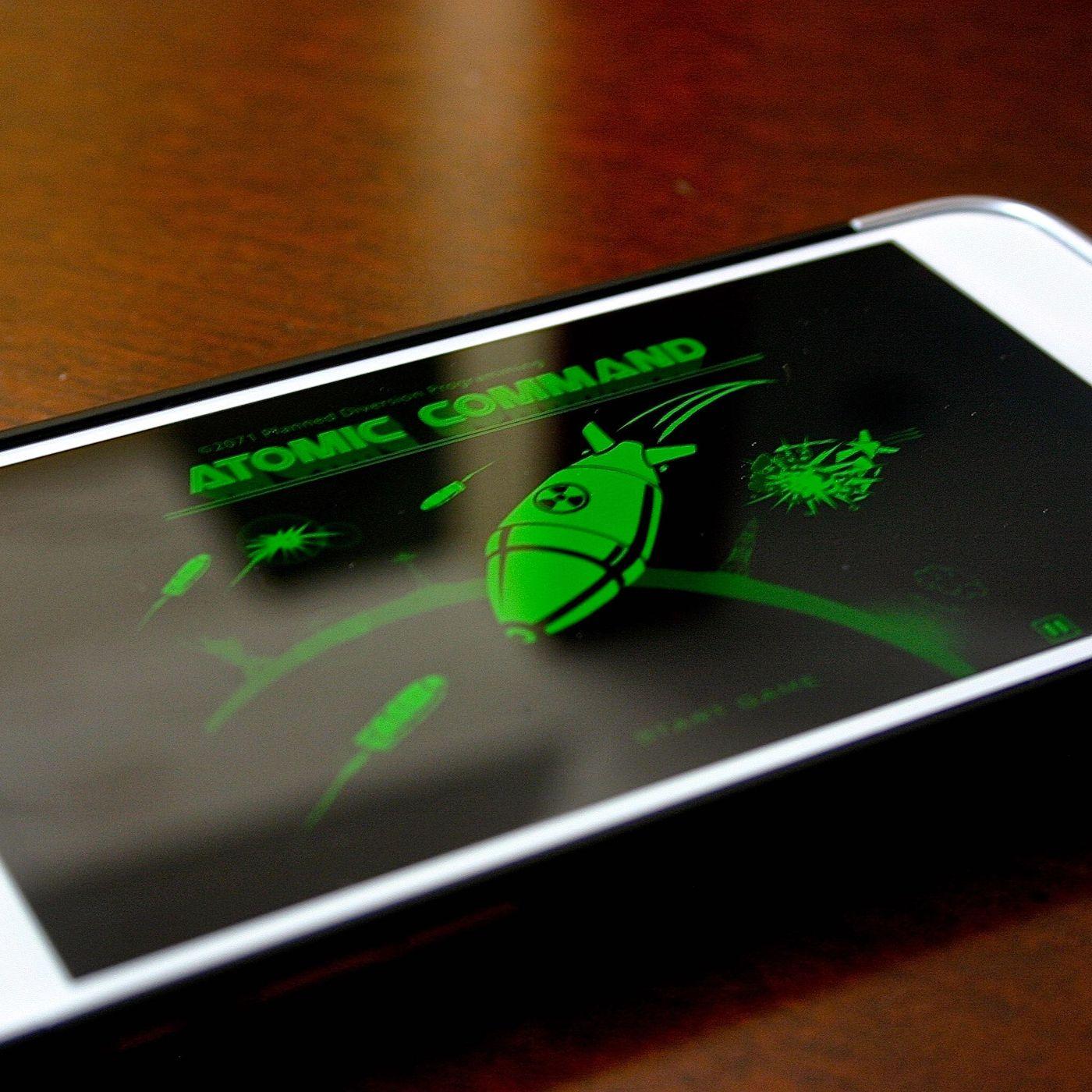 Действующий Пип-бой 3000 из Fallout (7 фото + видео) » 24Gadget.Ru ::  Гаджеты и технологии | 1400x1400