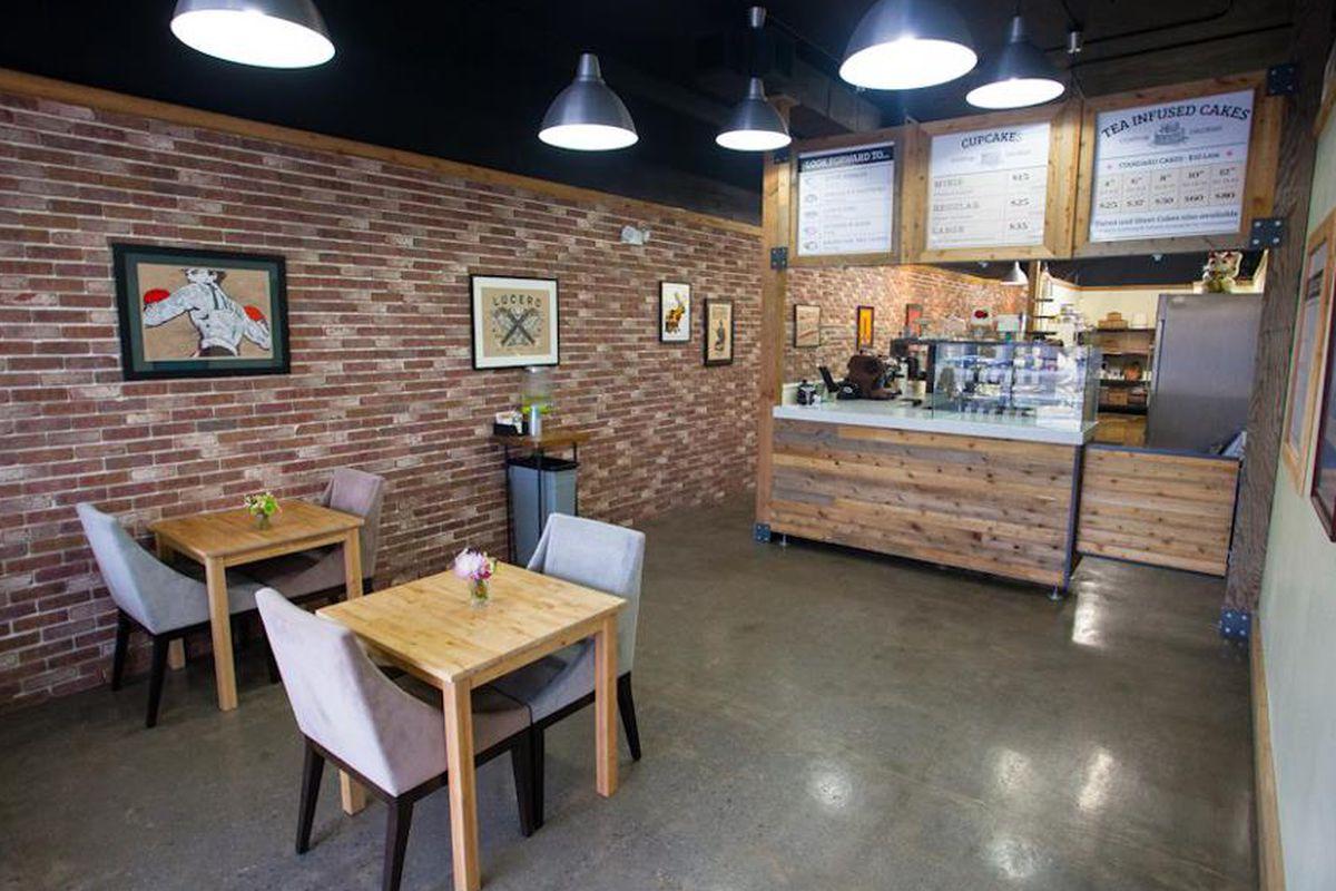 Former Leaf & Crumb Cupcake Shop & Bakery