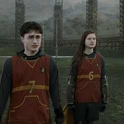 """HP6-FP-00449 DANIEL RADCLIFFE as Harry Potter and BONNIE WRIGHT as Ginny Weasley in Warner Bros. Pictures' fantasy adventure """"Harry Potter and the Half-Blood Prince."""""""
