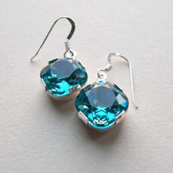 These Bouton earrings might be the perfect everyday sparkle.<br />$38