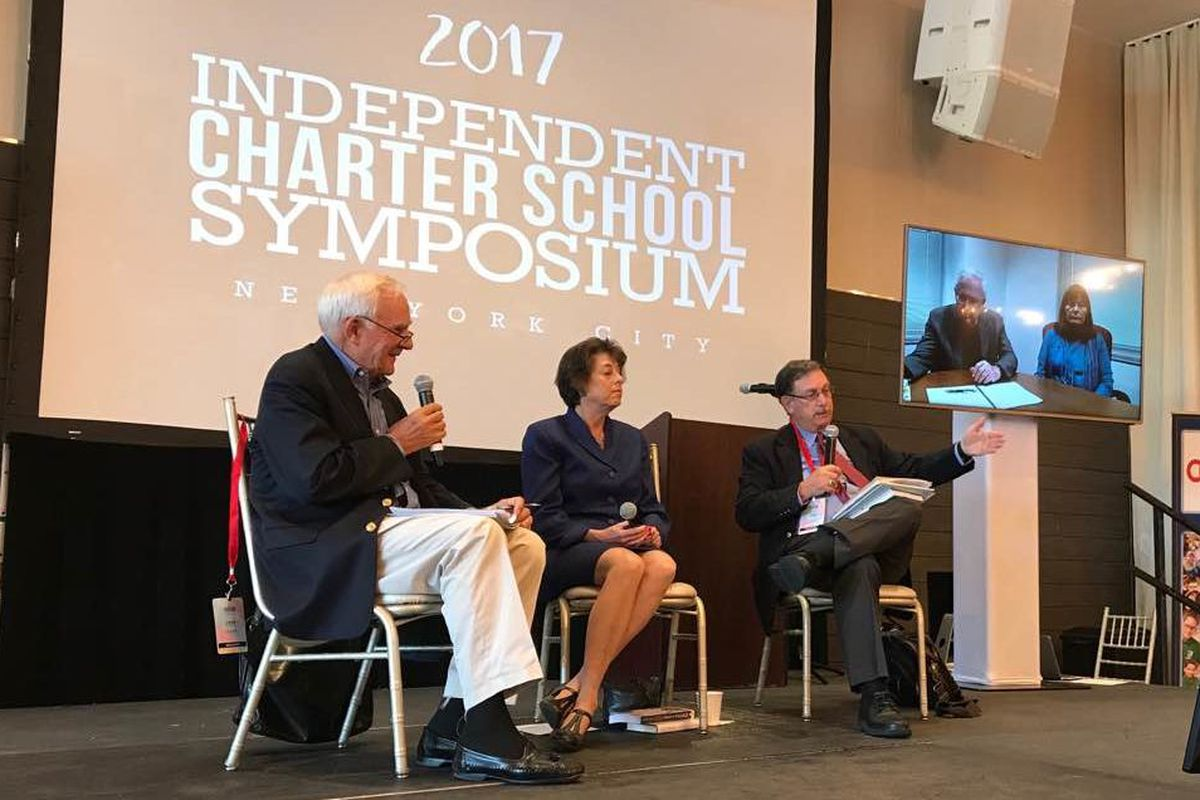 Veter education journalist John Merrow moderates a panel at the Independent Charter School Symposium.