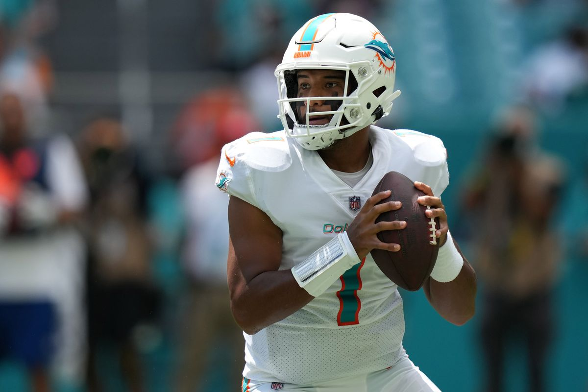 Miami Dolphins quarterback Tua Tagovailoa (1) attempts a pass against the Buffalo Bills during the first half at Hard Rock Stadium.