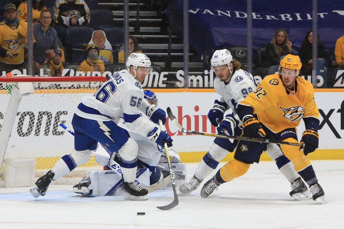 NHL: APR 10 Lightning at Predators