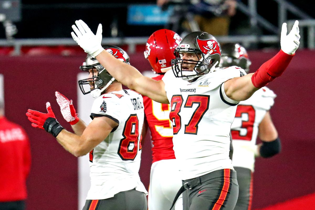 ampa Bay Buccaneers tight end Rob Gronkowski (87) celebrates during the third quarter against the Kansas City Chiefs in Super Bowl LV at Raymond James Stadium.
