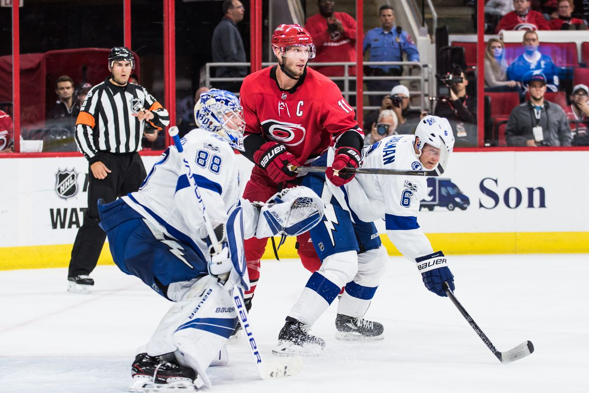 how to watch carolina hurricanes vs tampa bay lightning game