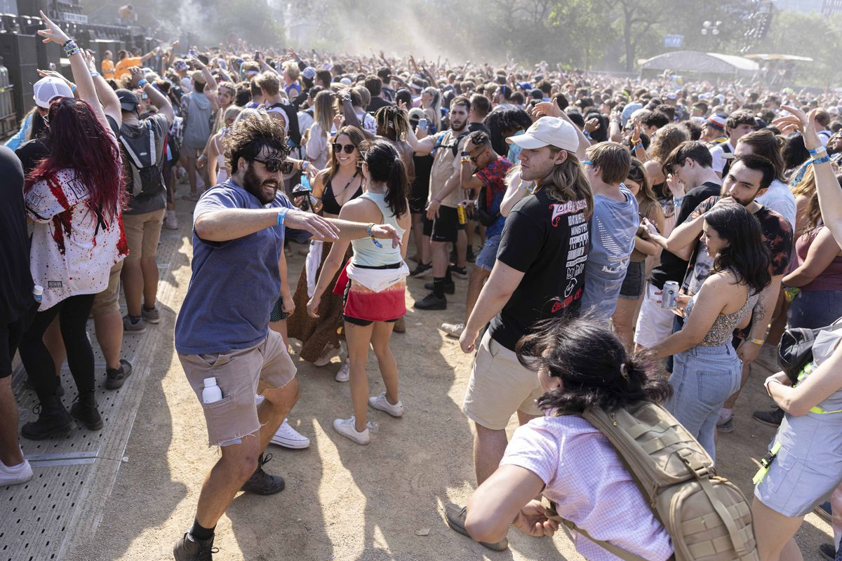 Fans dance as Sullivan King performs on day four of Lollapalooza