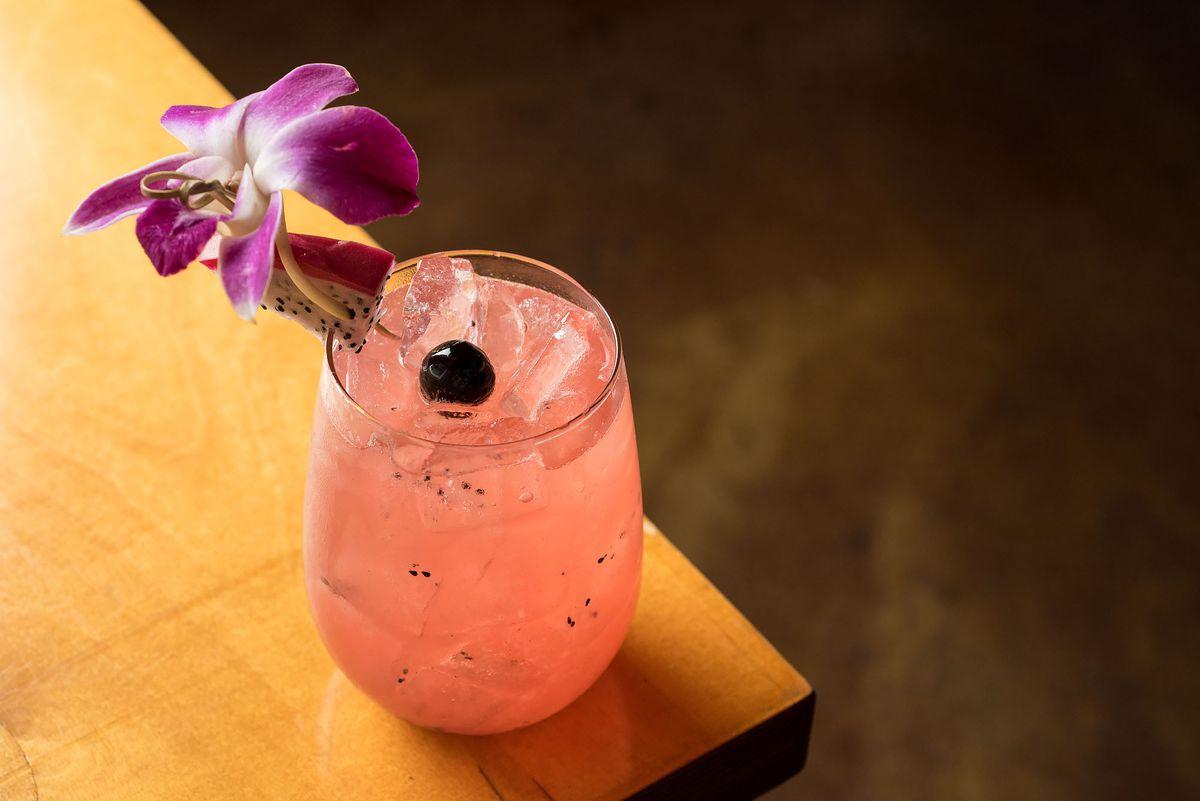 Cocktail at Tacos y Mezcal