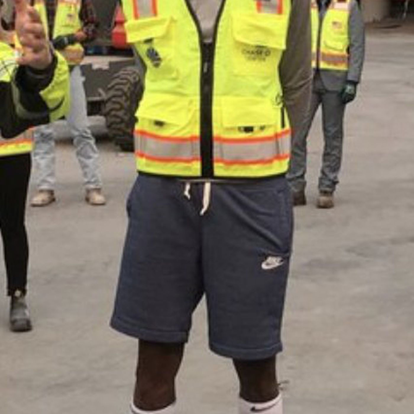 1e96bf095f7e Kevin Durant as a construction worker is the perfect Warriors drama  distraction - SBNation.com