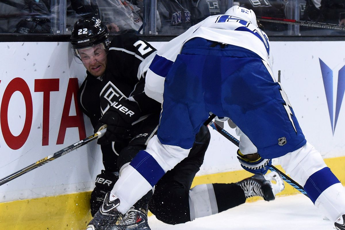 it was really hard to find a picture of a non-injured Lightning and a non-departed King, but here is one! I think!