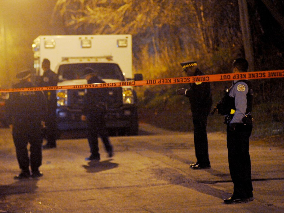 A man was shot early Friday in the West Englewood neighborhood   Justin Jackson/ Sun-Times