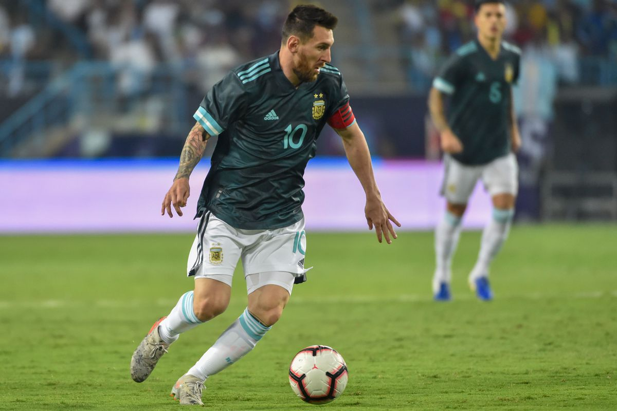 Lionel Messi on target as Argentina beat Brazil