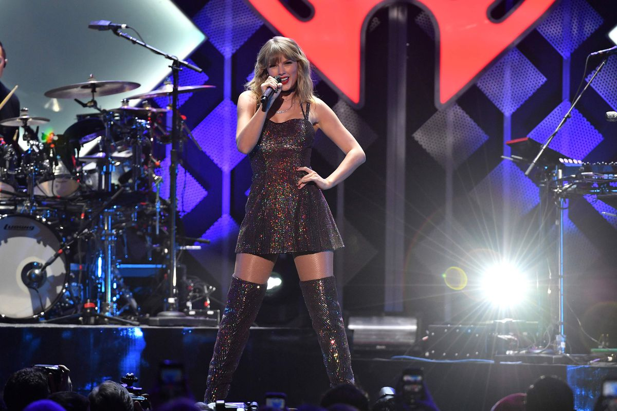 """Taylor Swift, who announced last week that she wascalling off her """"Lover Fest"""" stadium tourand otherlive appearances for the rest of 2020. Her U.S. dates will be rescheduled for next year."""