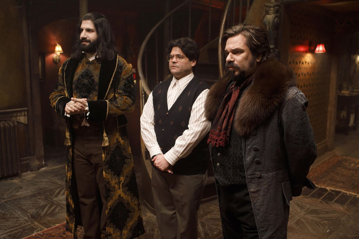 Fxs What We Do In The Shadows Is A Charmingly Bite Size Tv