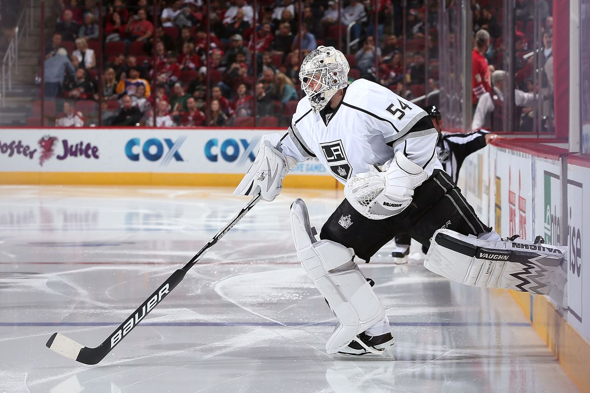 Scrivens, showing great posture as he takes the ice.