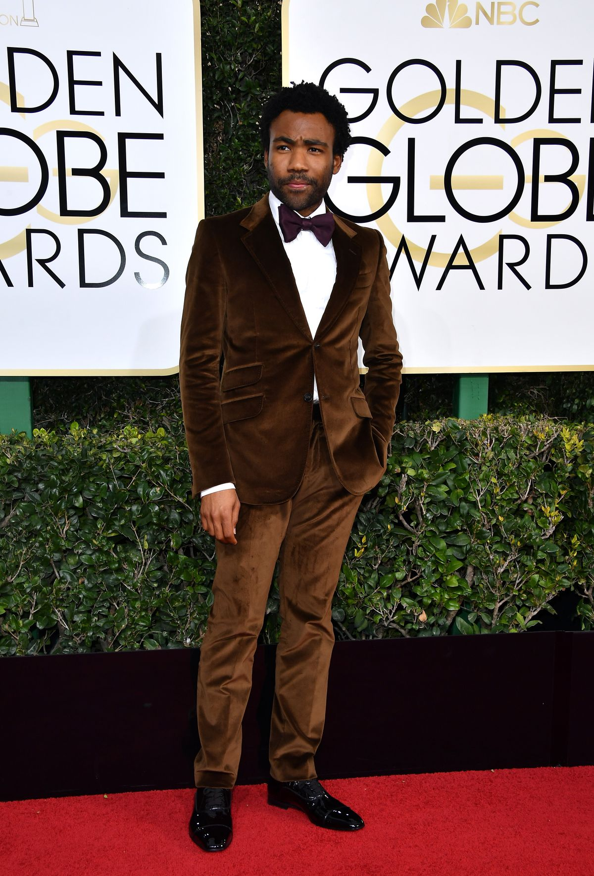 Donald Glover in a brown velvet tux at the Golden Globes