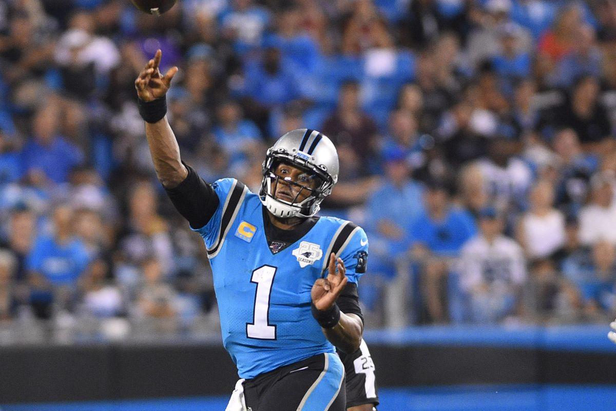 Carolina Panthers quarterback Cam Newton passes the ball In the fourth quarter at Bank of America Stadium.