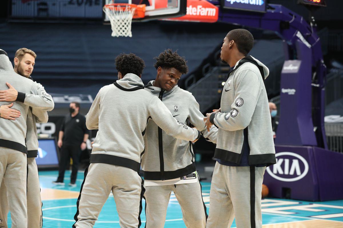 Minnesota Timberwolves v Charlotte Hornets