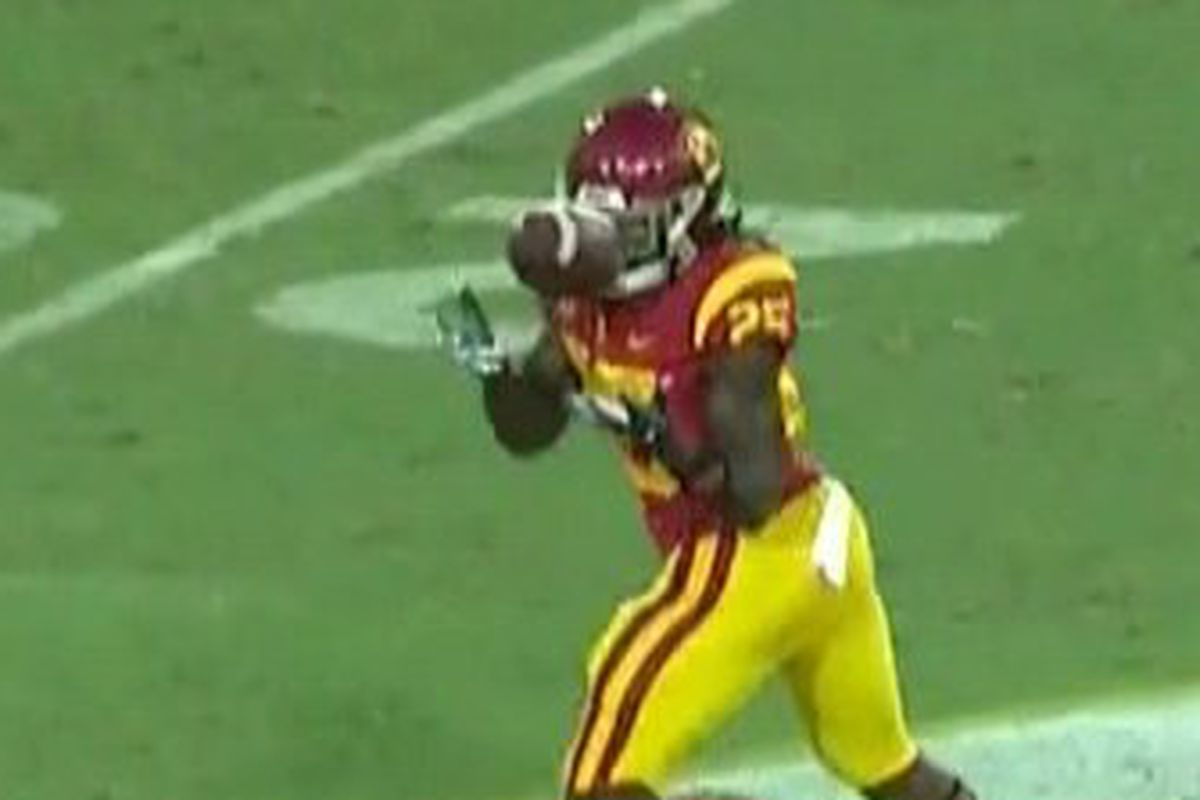 Utah Vs Usc Trojans Suffer 3 Turnovers Already Including Silly