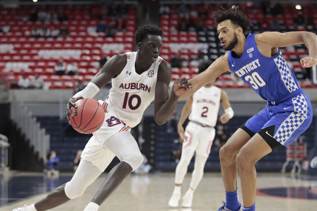 NCAA Basketball: Kentucky at Auburn