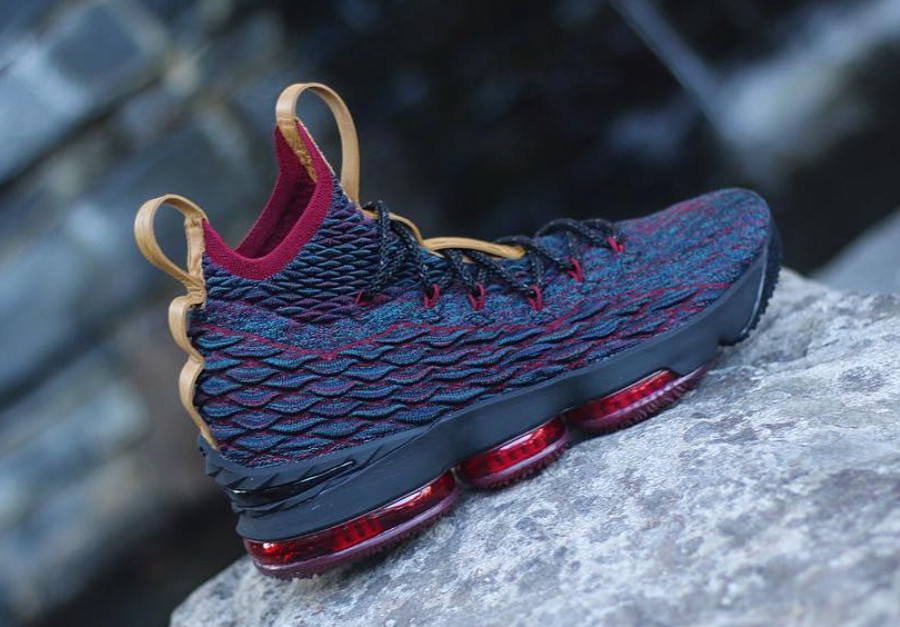 hot sale online 643d7 0206e Diana Taurasi has the best collection of LeBron 15 sneakers ...