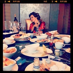 """""""Done with the room service. Now I'm ready!! #emmys""""-Sofia Vergara"""