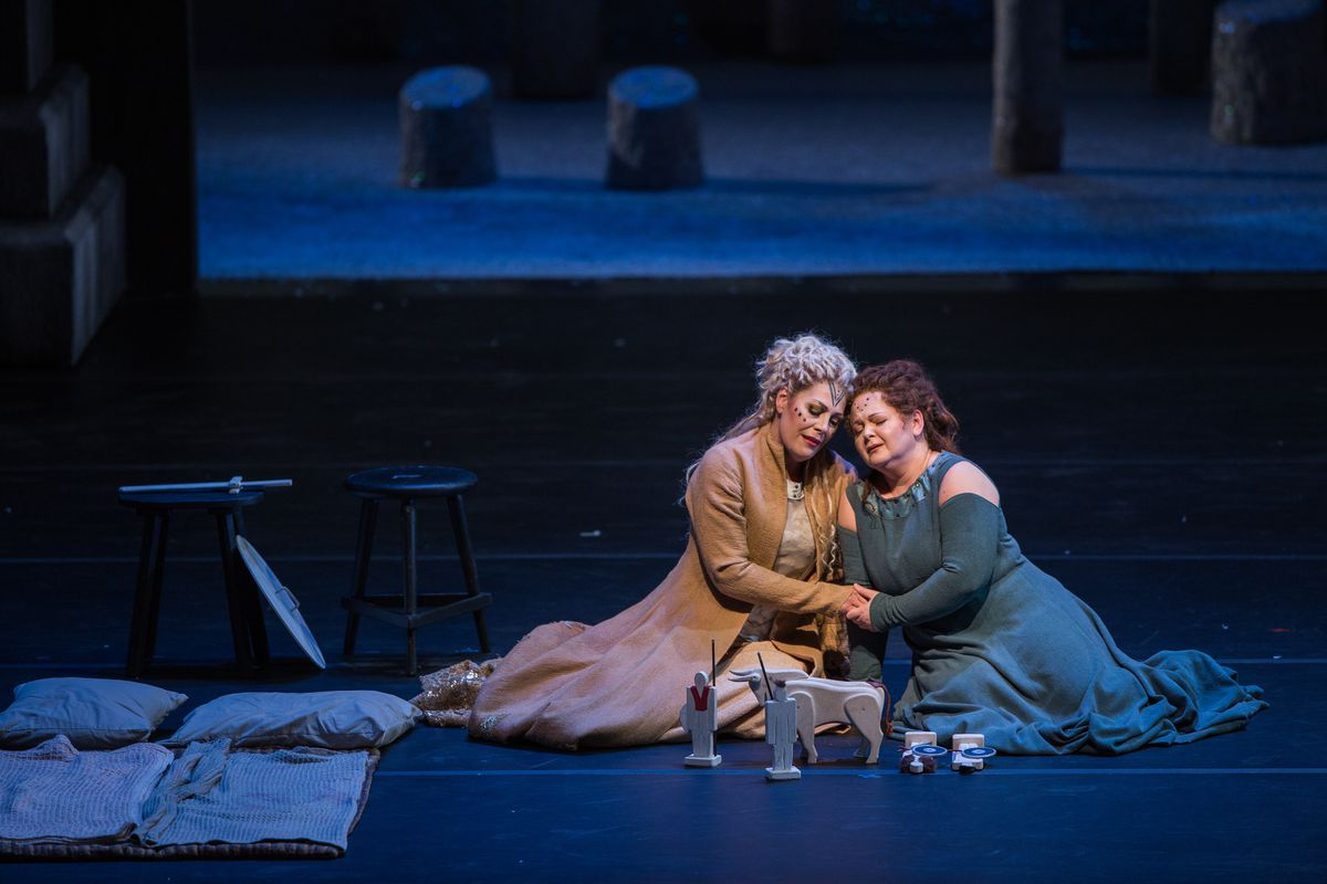 "Sondra Radvanovsky (left) and Elizabeth DeShong in Bellini's ""Norma,"" at Lyric Opera of Chicago. (Photo: Andrew Cioffi)"