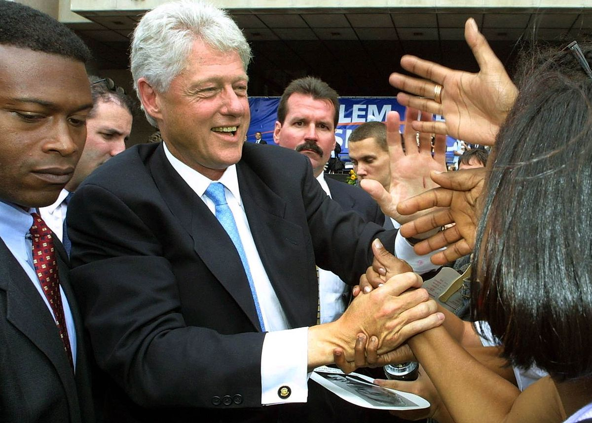 Bill Clinton Welcomed at New Harlem Offices