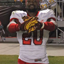 Demetrius Wright flashes his USC gloves.