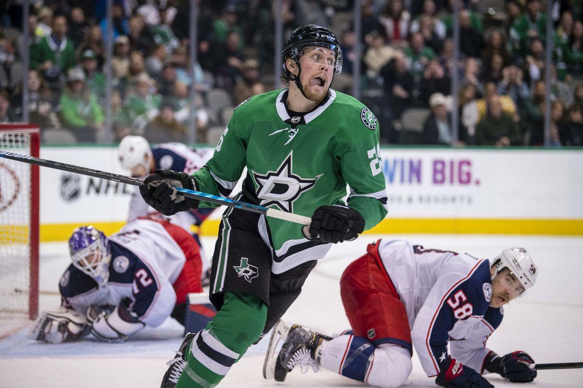 NHL: Columbus Blue Jackets at Dallas Stars