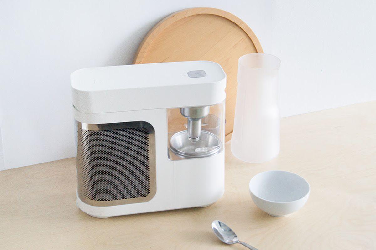 Designer frozen yogurt machine wants a place on your kitchen counter ...
