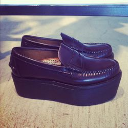 Flatform loafers by J.W. Anderson? Yes, please!