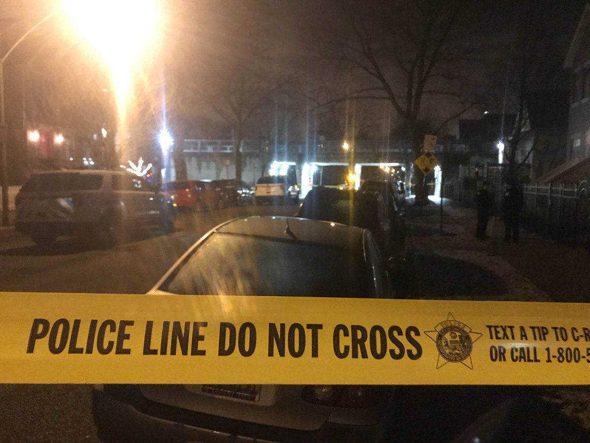 The scene of a shooting early Tuesday in the 1700 block of North Talman. | Tyler LaRiviere/Sun-Times.