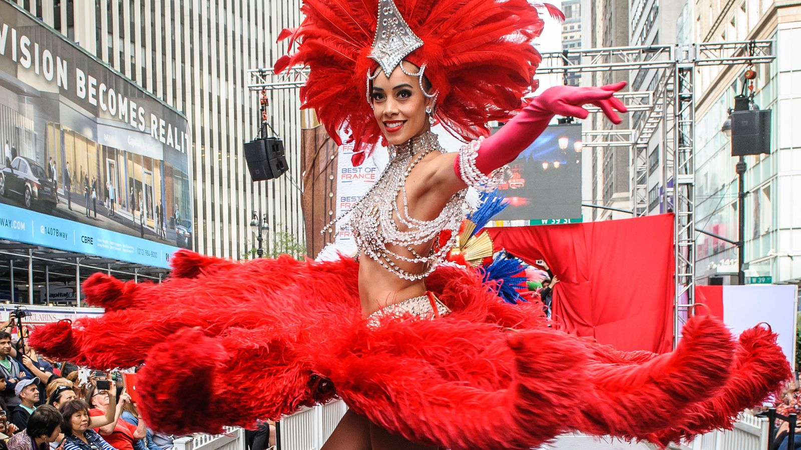 see stunning moulin rouge costumes hit the runway in times. Black Bedroom Furniture Sets. Home Design Ideas