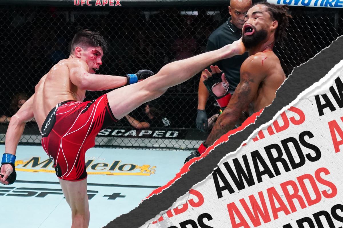 Ignacio Bahamondes fighting Roosevelt Roberts at UFC Vegas 34