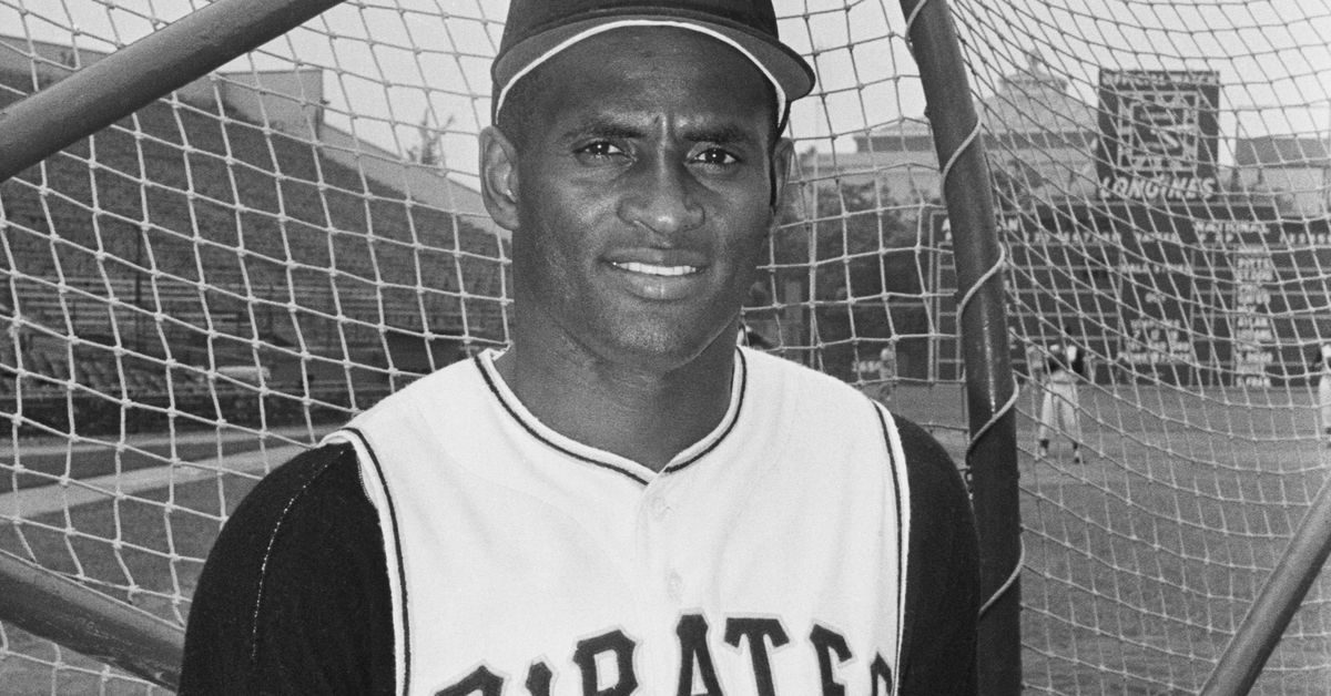 It's time for Roberto Clemente's No. 21 to be retired across baseball - Bucs Dugout