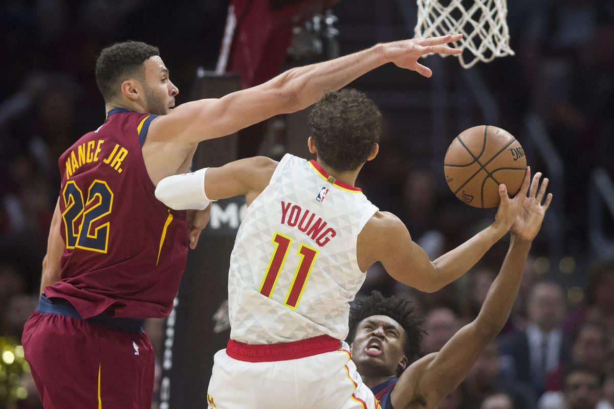 6fc0f4f3538 Trae Young announces himself in NBA as Hawks claim first win of ...