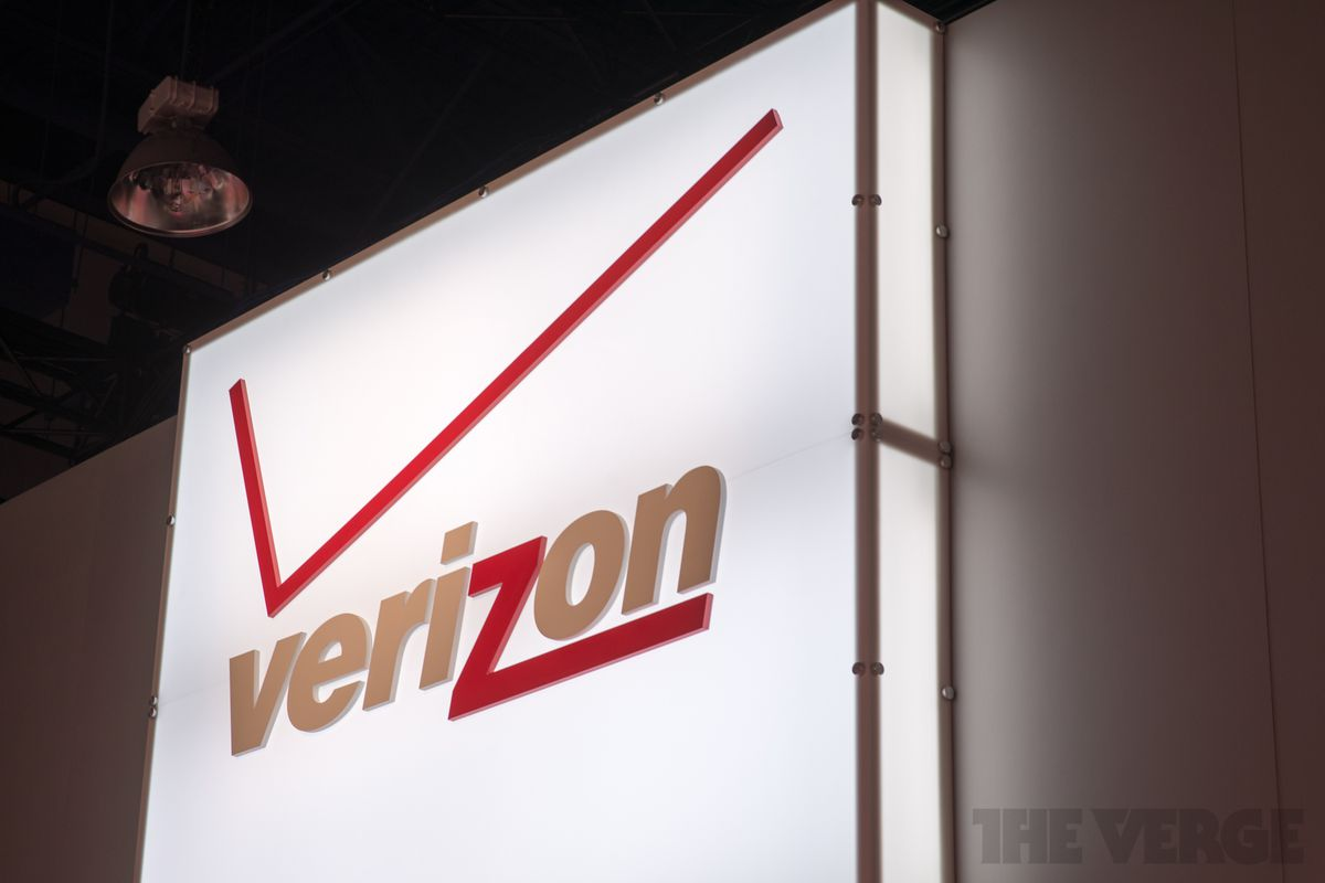 You can finally talk and use data simultaneously on new Verizon