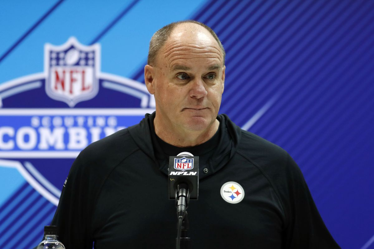 6bc5a6b6b21 Steelers GM Kevin Colbert gets carried away in his support of Big Ben -  Behind the Steel Curtain