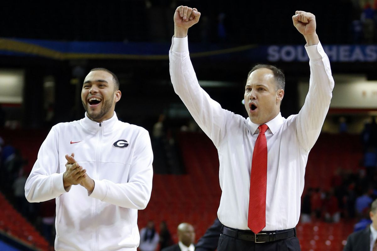 Georgia basketball head coach Mark Fox has landed his first commitment in the class of 2015.