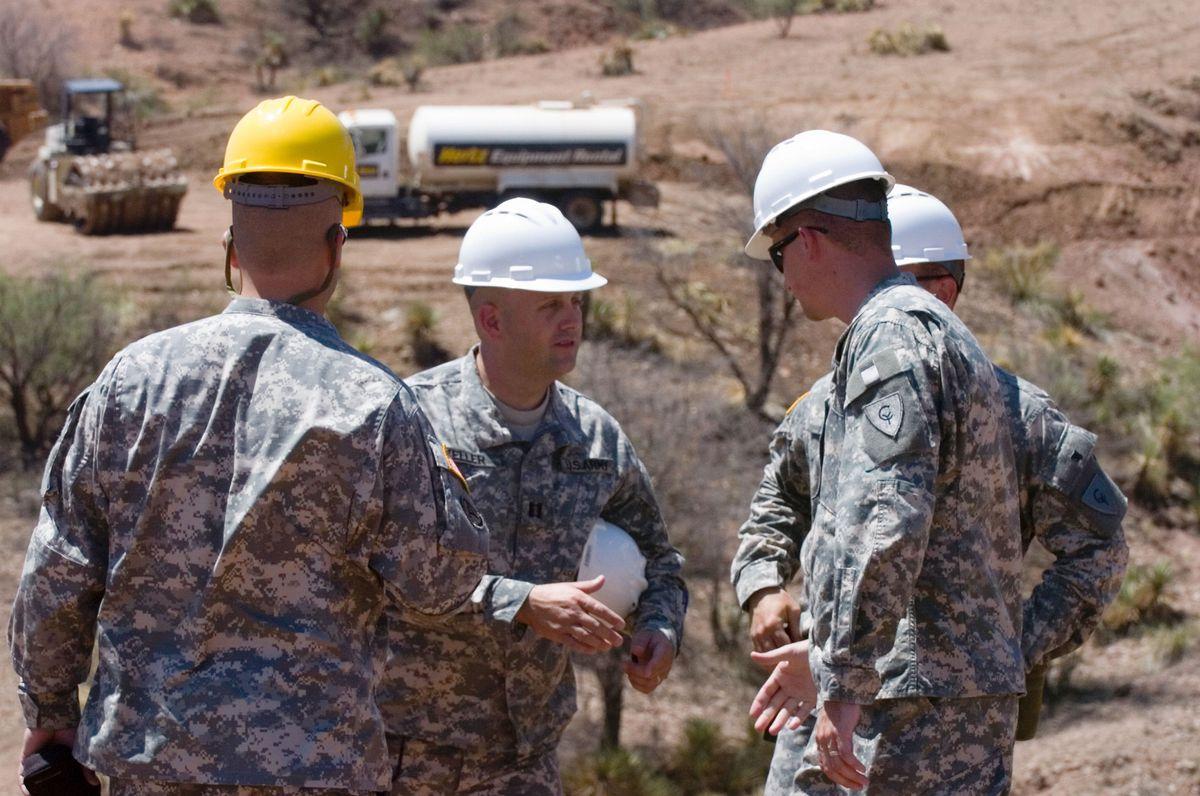 Kentucky Guard Begins Work At Mexican Border