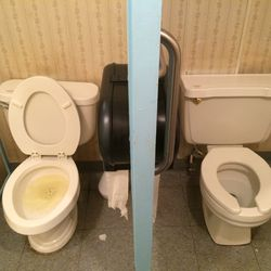 Most Awkward Toilet Stall Situation