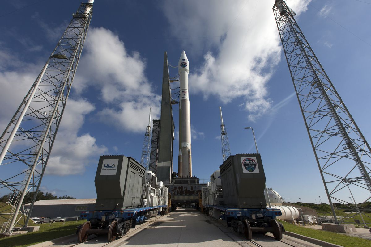 Atlas V rocket carrying NASA communications satellite launches